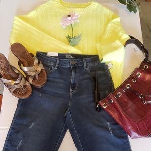 NWT women's jeans, size 6 straight leg, pants